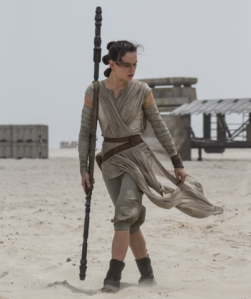 Rey_with_her_quarterstaff
