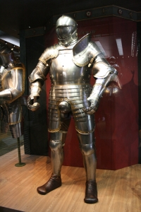 Armour-Wore-by-King-Henry-VIII-king-henry-viii-2430710-1000-1500