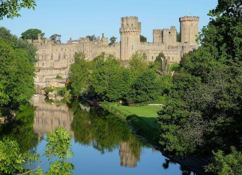 Warwick_Castle_May_2016