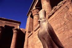 horus-statue